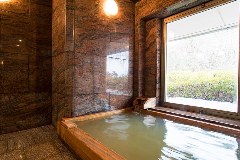 特別室専用檜風呂
